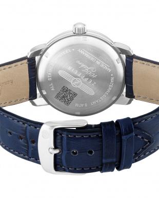 ネイビー  Special Edition 100 Years Zeppelin クォーツ腕時計見る
