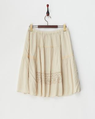 キナリ  カットワーク刺繍入りレーヨンギャザースカート見る