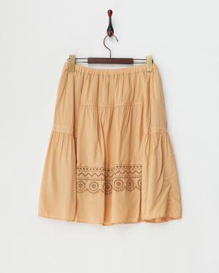 ベージュ  カットワーク刺繍入りレーヨンギャザースカート見る