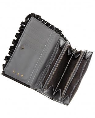 ブラック リボン&フリル二つ折り財布見る