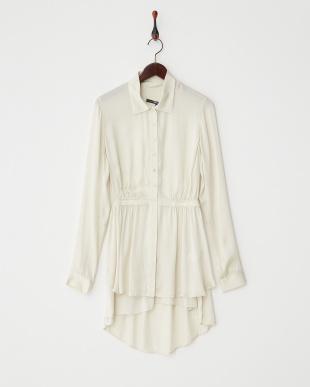 white fayl byonieシャツ見る