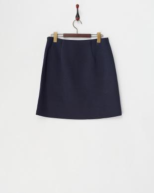 ネイビー  リヨセルボンディングバラプリント台形スカート見る