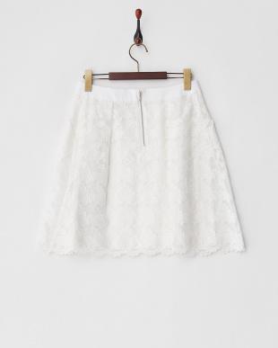 ホワイト 千鳥レースタック入りフレアスカート見る