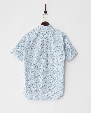 ホワイト  小花柄 ボタンダウン半袖シャツ見る