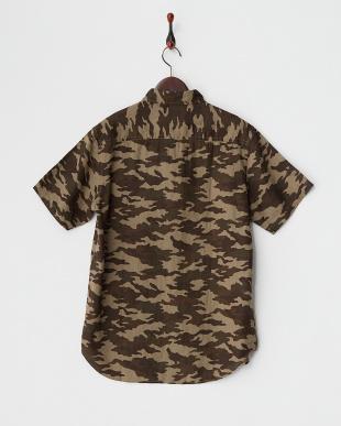 カーキ  T16.LINEN CAMO ボタンダウンシャツ見る