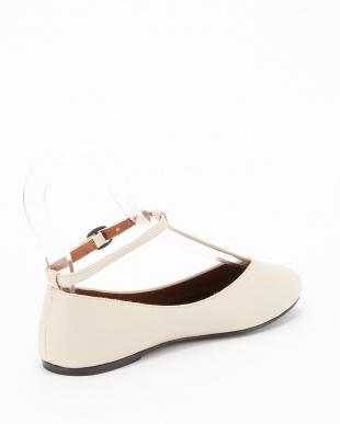 WHITE T-strap Ballet Flats見る