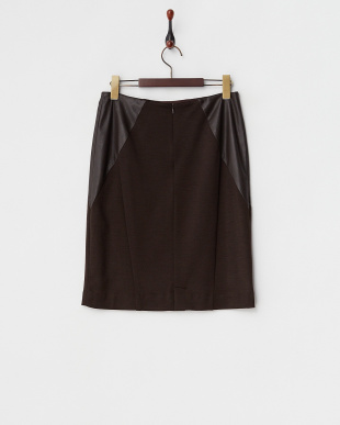 ブラウン系 フェイクレザー切り替えタイトスカート見る
