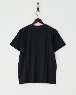 ブラック  クルーネック無地Tシャツ見る