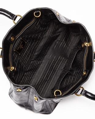 ブラック 2 WAYバッグ見る