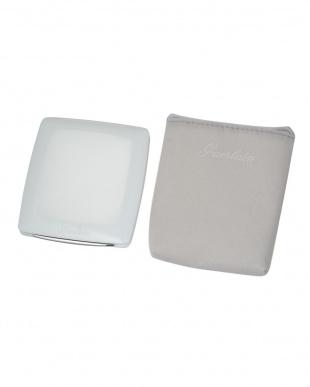 02  ペルル ブラン ライトブースター コンパクト 8.5g見る