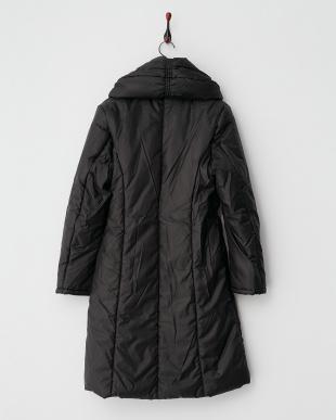 ブラック  ボリューム衿 シャーリング中綿コート見る