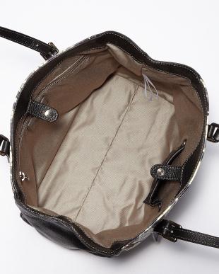 ブラック  イタリー型押し&アート調手描きレザーバッグ見る