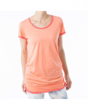 コーラルピンク サイドギャザーチュニックTシャツ見る