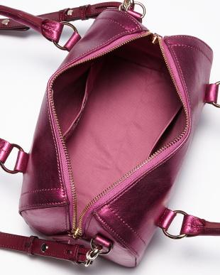 ピンク  ショルダー付きバッグ見る