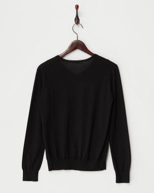 ブラック  Vネックセーター見る