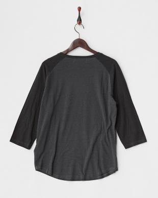 柄A  ユーズドライクブラックラグラン 3/4Tシャツ見る