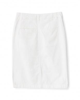 オフホワイト チノクロスタイトスカート見る