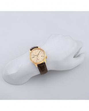 アイボリー  Flat Line 自動巻腕時計見る