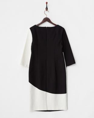 ブラック×ホワイト Dress見る