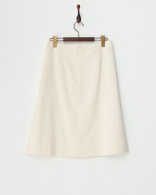 オフホワイト ストレッチコーデュロイスカート見る