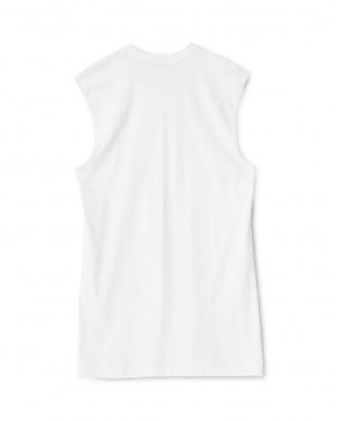 ホワイト GOLD 綿100% 丸首スリーブレスシャツ見る