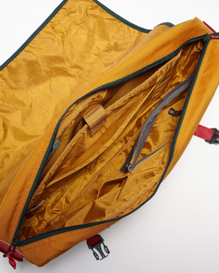 Big Spruce Triple Ripstop FLINT MESSENGER(20L)見る