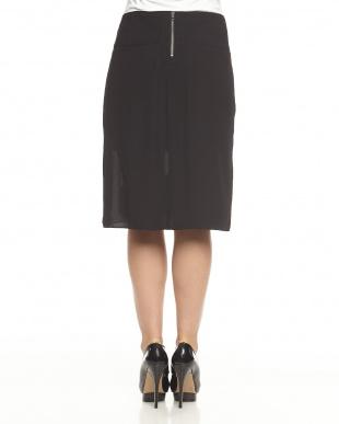 black HEXA BURN OUT スカート見る