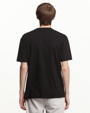 BLACK フロント切り替え プリントTシャツ見る