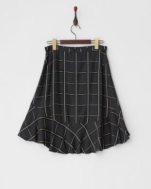 ブラック 格子柄裾フリルスカート見る