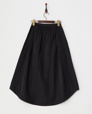 BLACK  B:タックロングスカート見る
