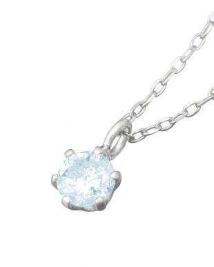 Pt900 天然ダイヤモンド アイスブルー 0.1ct 6本爪ネックレス見る