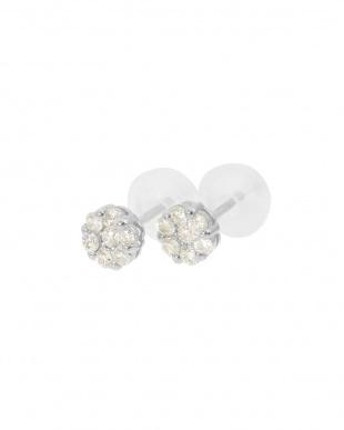 K18WG  天然ダイヤモンド 計0.2ct セブンストーン ピアス見る