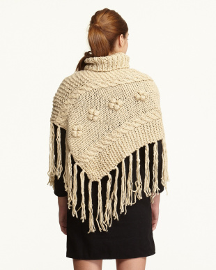BE  手編みポンチョ フリンジ見る