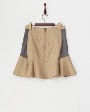キャメル  ポンチ切り替えペプラムスカート見る