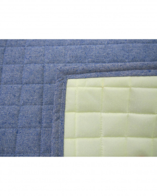 ブルー デニム風キルトラグ 185×240cm見る