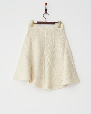 ホワイト  ニットフレアスカート見る