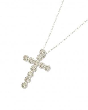 K18WG   天然ダイヤモンド 11石 0.2ct クロスネックレス見る
