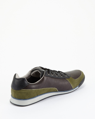 Army Green Squeezy Calzature in licenza レザー切り替えスニーカー見る