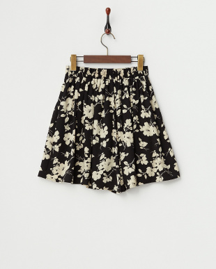 BLACK  花柄キュロット見る