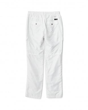 ホワイト  クロコジャガード中綿パンツ見る