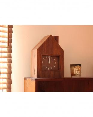 ウォールナット  開く[木の家]の時計 [置き・掛け兼用 & 中・収納BOX]見る