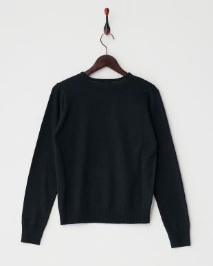 ブラック クルーネックセーター見る