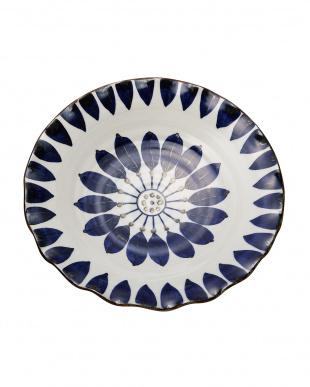 ブルーフラワー輪花盛皿見る
