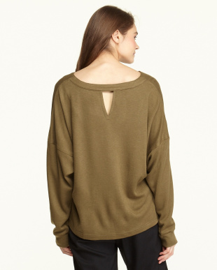 KHAKI  WOOL PONCHI V-BACK TOP見る