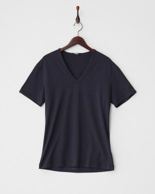 ネイビー  VネックTシャツ見る