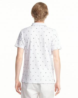 ホワイト  プリントポロシャツ見る