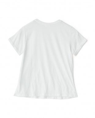 ホワイト  VネックグラフィックTシャツ見る