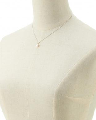 WHT×K18WG  アコヤ真珠ダイヤモンド0.02ctペンダント見る