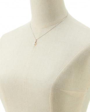 WHT×K18WG  アコヤ真珠ダイヤモンド0.05ctペンダント見る