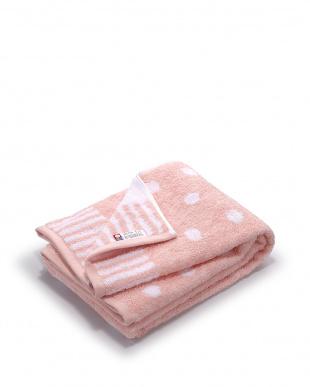 ピンク  ドット バスタオル見る